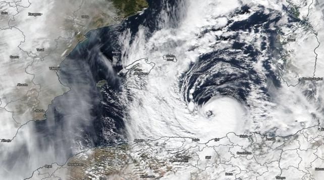 """Medicane: gli """"Uragani Mediterranei"""", che spesso interessano i nostri mari, come in questi giorni"""